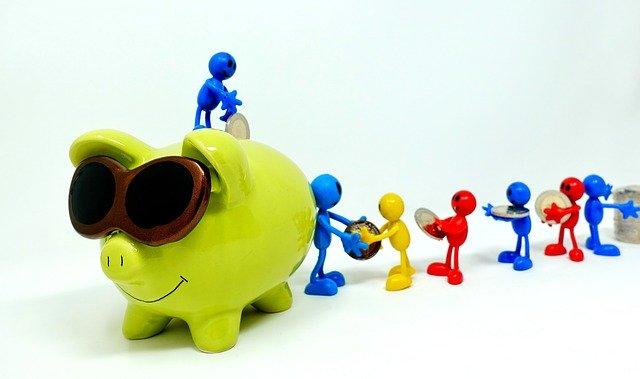 『毎月20万円の出費を30%も削減?!』40代家族持ちサラリーマンが毎月の出費を抑えながらお金を増やす5つの方法